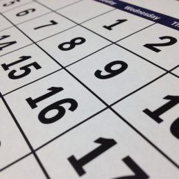 あなたの理想は週休何日??